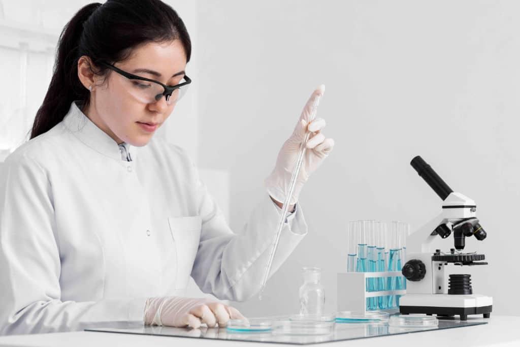 woman-lab